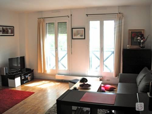 """""""Pompidou Perfect"""" - Studio for 4 in Beaubourg - Image 1 - Paris - rentals"""