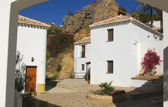 The entrance to Molino la Ratonera - 2 bedroom apartment at Molino la Ratonera - Zagra - rentals
