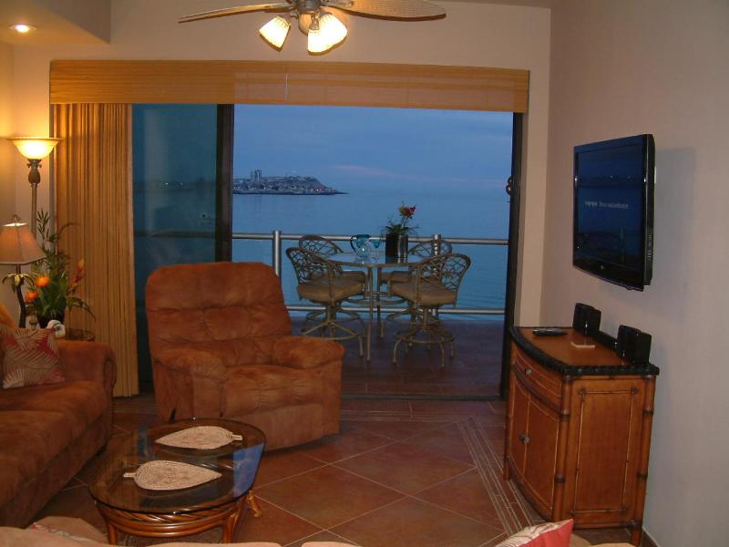 Lots of Living Room Seating:  Sofa, Loveseat, Recliner - Las Palomas Cristal 907 Luxury 3 Bed Oceanfront - Puerto Penasco - rentals