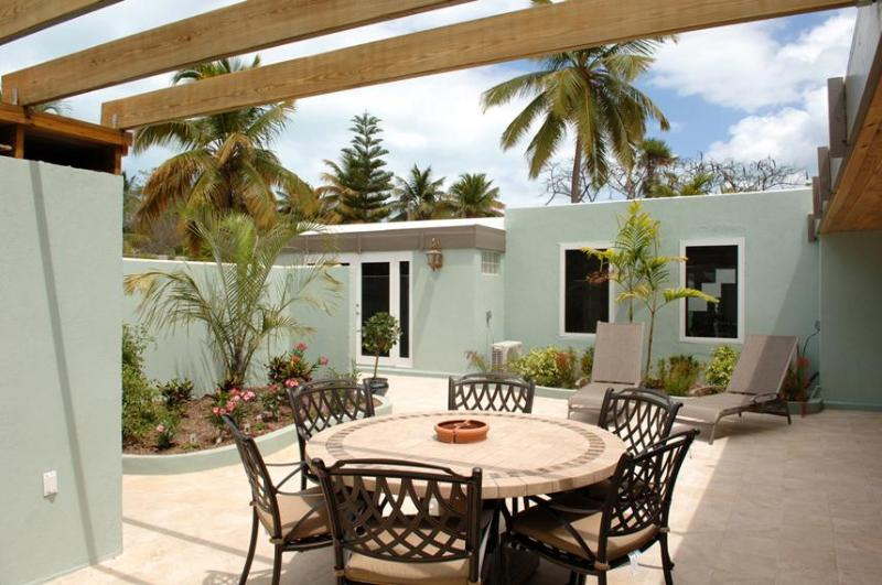 Courtyard Dining Area - Blazing Villas - Saint Thomas - rentals