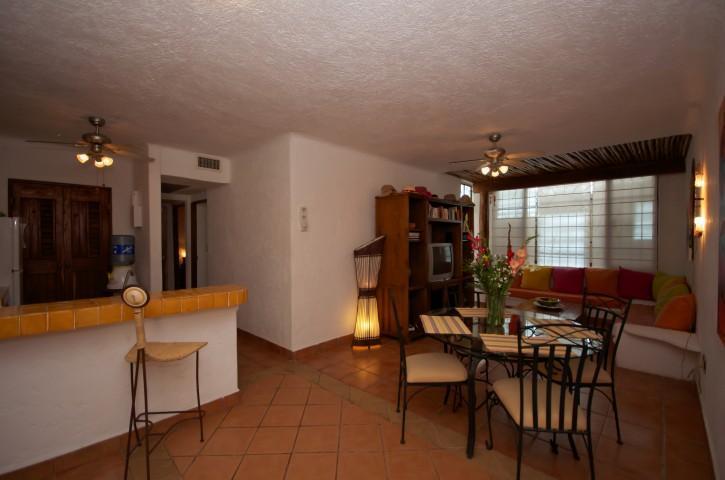 Bright and cheerful open floor plan. - CASA DEL SOL C1 comfortable and affordable! - Playa del Carmen - rentals