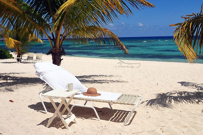 Beachfront privacy -  10 minutes to George Town - Image 1 - Seven Mile Beach - rentals