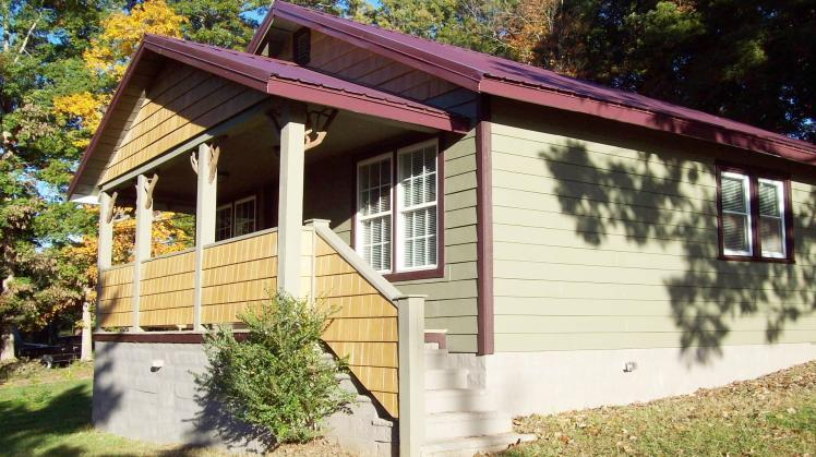 The Parker Cottage - Image 1 - Candler - rentals
