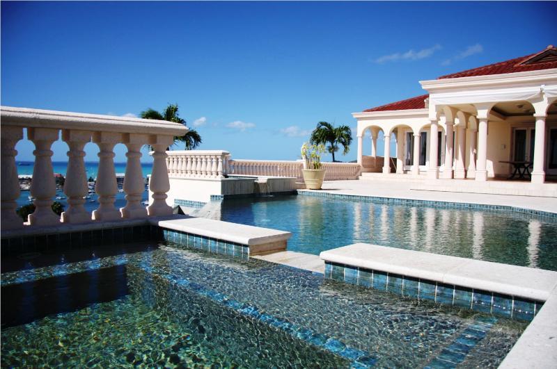 Villa Les Jardin de Bellevue, Marigot, St Martin, 8BR  800 480 8555 - LES JARDINS DE BELLEVUE...Spetacular, one of a kind deluxe villa with breathtaking views! - Marigot - rentals