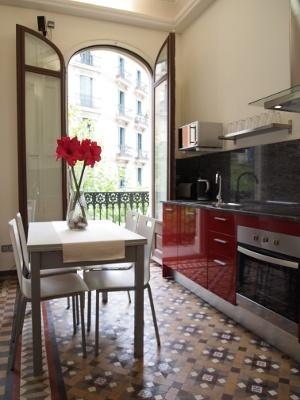 Apartment Blanco holiday vacation apartment rental spain, barceona, holiday vacation apartment to let spain, barcelona, holiday vacation - Image 1 - Barcelona - rentals