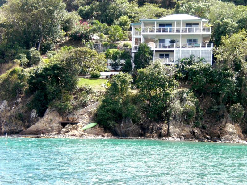La Dolce Vita - 2 BdRm  Coral Bay Waterfront. Great Snorkeling - Coral Bay - rentals