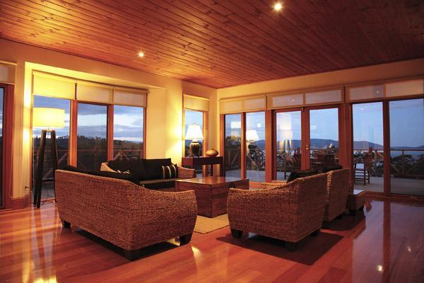 Spacious Living Room - The Peninsula Experience - Dover - rentals