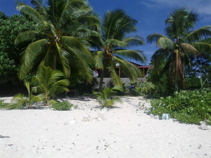 View from the beach to the villa - Anchor's Landing - A sunset Lagoon Villa - Rarotonga - rentals
