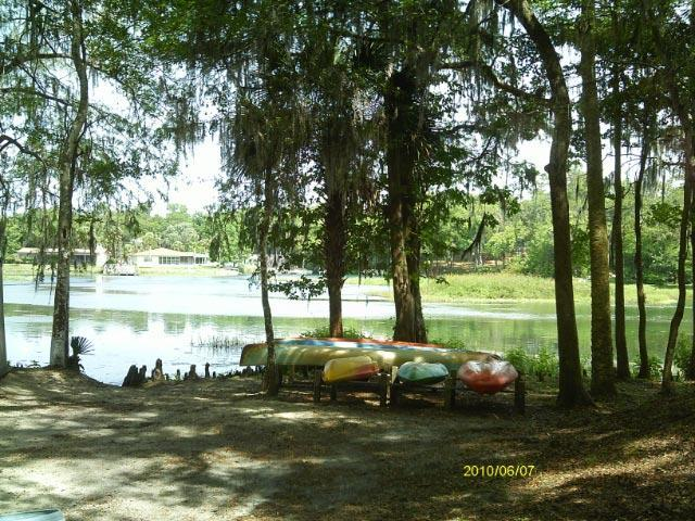 Canoes/Kayak area - The Rainbow Rivers Club Cabins - Dunnellon - rentals