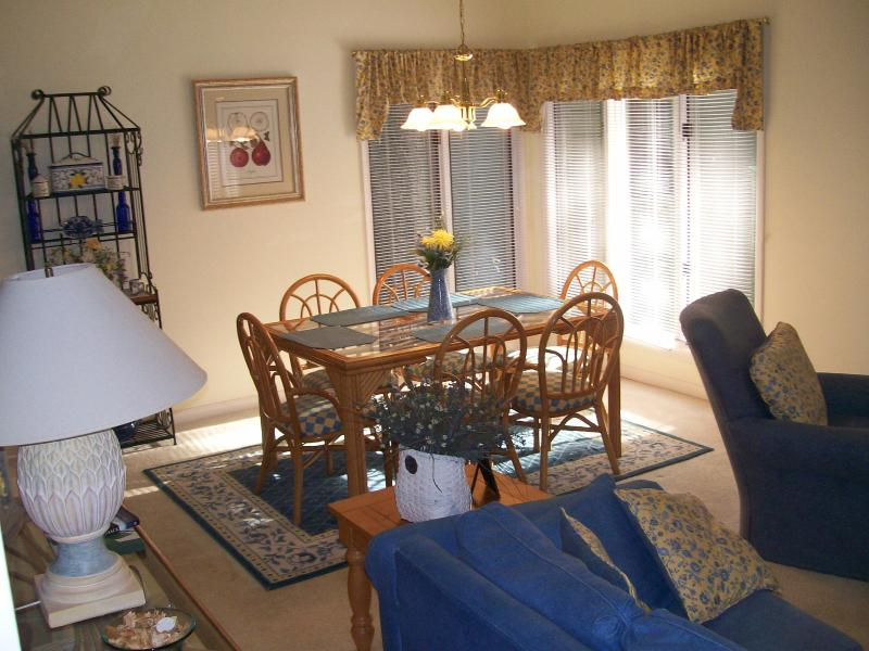 Dining Area with seating for 6 - Affordable Villa Hilton Head  Palmetto Dunes - Hilton Head - rentals