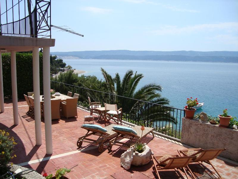 main terrace and sea view - Villa on the beach, middle Dalmatia, near Split - Stanici - rentals