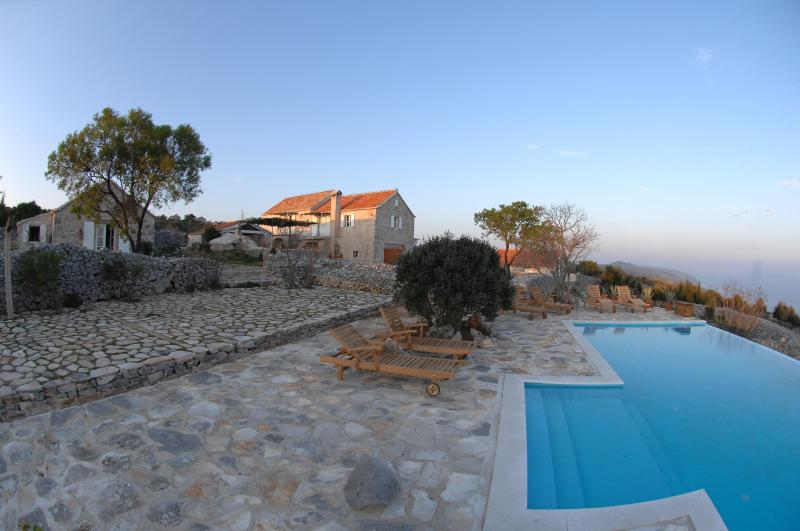 Villa  with Private Pool and Tennis court - Image 1 - Jelsa - rentals