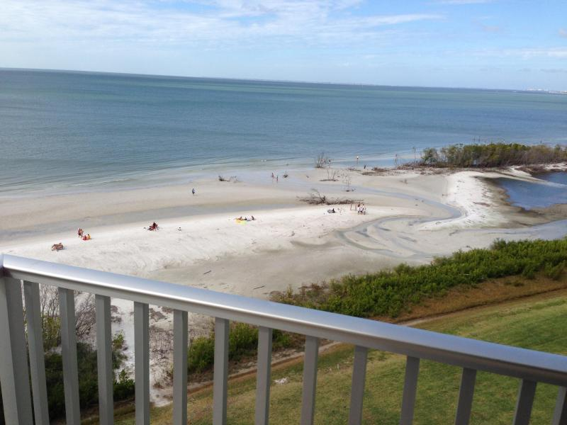 View from balcony - 1 bedroom beach front condo in Fort Myers Beach FL - Fort Myers Beach - rentals