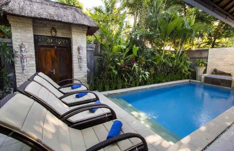 swimming pool - 2 bdr Villa, private pool, POOL FENCE YES OR NO  Legian - Legian - rentals