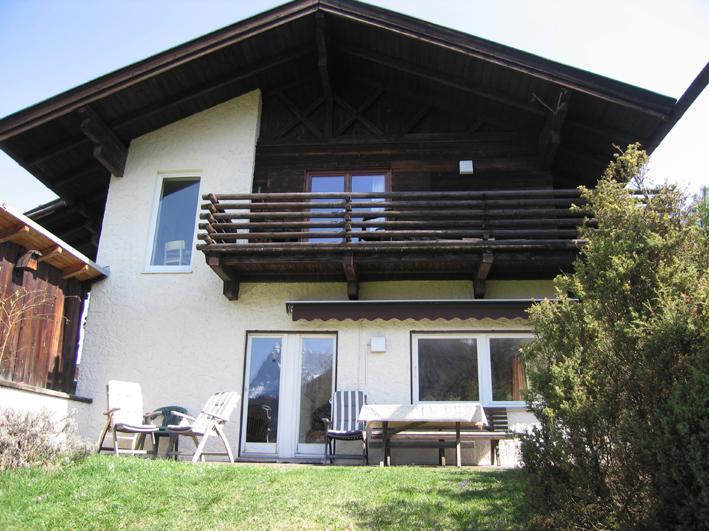 view from garden - Garmisch holiday apartment Haus Jaeger - Garmisch-Partenkirchen - rentals