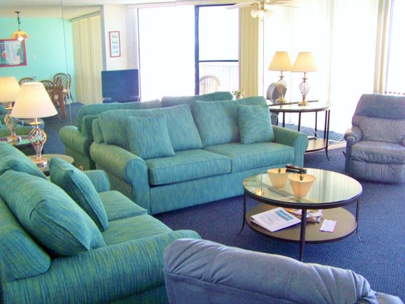 Nice 2 Bedroom Condo with Stunning Views at Edgewater - Image 1 - Panama City Beach - rentals