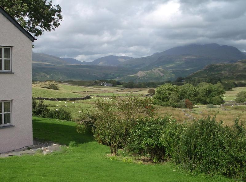 High Ground cottage has uninterrupted breathtaking views - Stylish Lake District cottage with stunning views - Eskdale - rentals