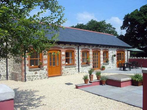 Kingfisher, Swallow Cottage - Duffryn Mawr Cottages Vale of Glamorgan nr Cardiff - Cowbridge - rentals