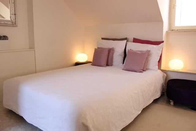 Comfy double bed - Lotus II - Pretty studio apt in Old Town - Dubrovnik - rentals