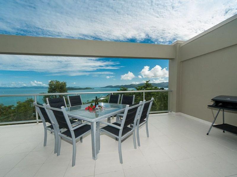 Balcony View - Skiathos 01 - Hamilton Island - rentals
