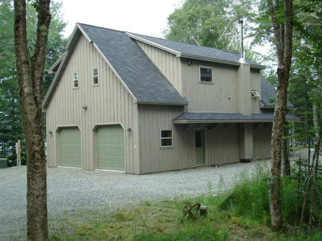 entry side - Quiet Oceanfront Home On Quiet Bay Near Acadia (Lamoine) - Lamoine - rentals