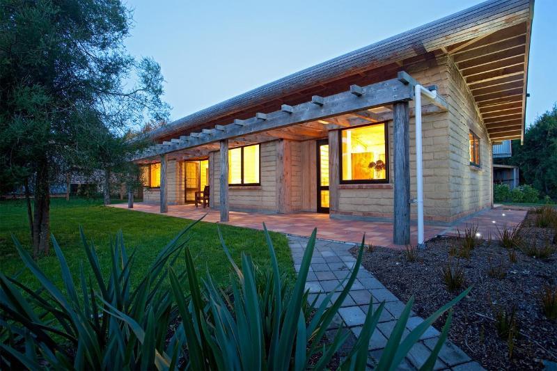Luxury Accommodation Cambridge - Luxury Eco Self Catering Accommodation Cambridge - Cambridge - rentals