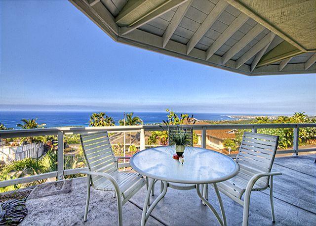 "Thats a VIEW! - Holoholo ""Place of pleasure fun and happiness"" - Kailua-Kona - rentals"