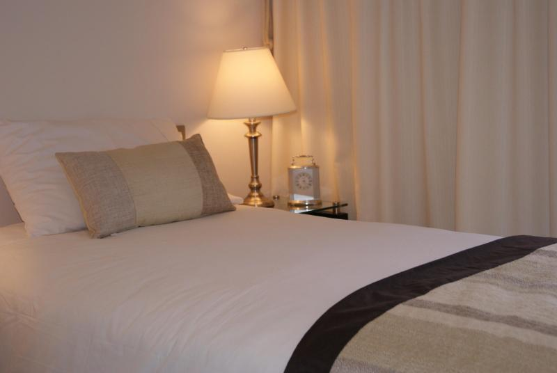 solft color bedroom to help resting - Cozy New  Apartment in Providencia Santiago - Santiago - rentals