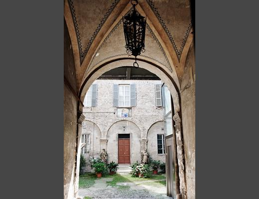 ingresso palazzo - appartamento fianco Cattedrale - Parma - rentals