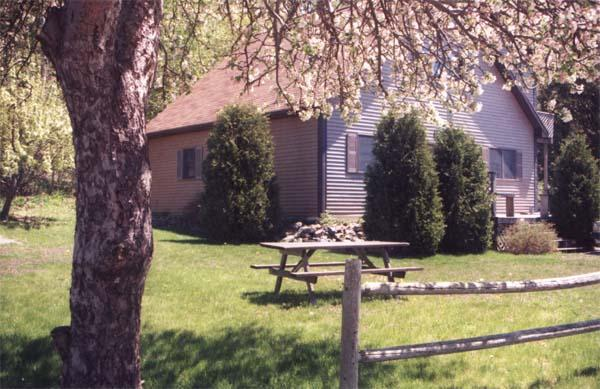 Acadia View with lawn & apple tree - Acadia View in Bar Harbor - Bar Harbor - rentals