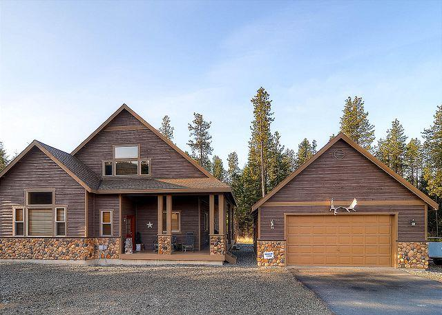 Upscale Summer-Cabin|Pool Table, Wi-Fi, Hot Tub,Pool |Slps10|Summer Specials - Image 1 - Cle Elum - rentals