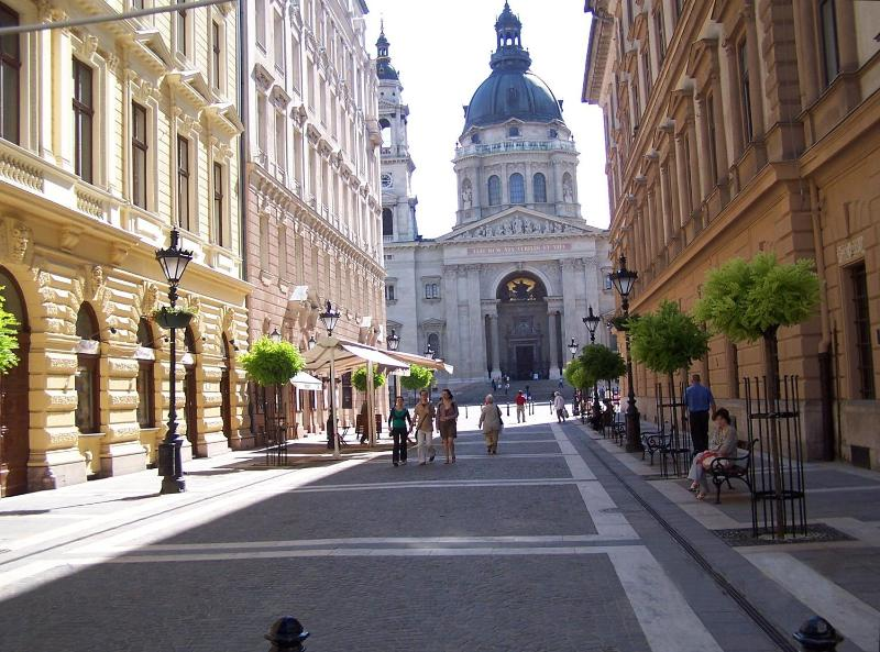 St. Stevens Basilica is just around the corner - Delightful 2 Br In Historic Downtown Near Danube - Budapest - rentals