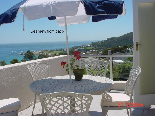 patio with sea view - 2 bedroomed cottage overlooking Camps Bay beach - Camps Bay - rentals