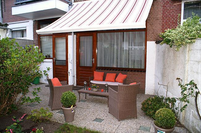 Sunny garden with loungeset - The Hague Cozy apartment w/garden near beach/see - The Hague - rentals