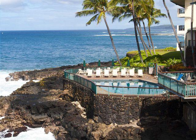 Poipu Shores pool - Sea Cove Hideaway - Luxury Townhouse-Style Condo at Poipu Shores - Koloa - rentals