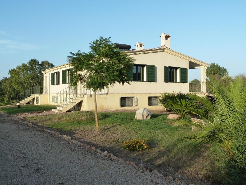2 bedroom apartment near stunning beaches - Image 1 - Tortoli - rentals