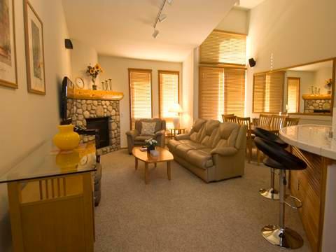 Nice 2 Bedroom/2 Bathroom Condo in Mammoth Lakes (#954 Links Way) - Image 1 - Mammoth Lakes - rentals
