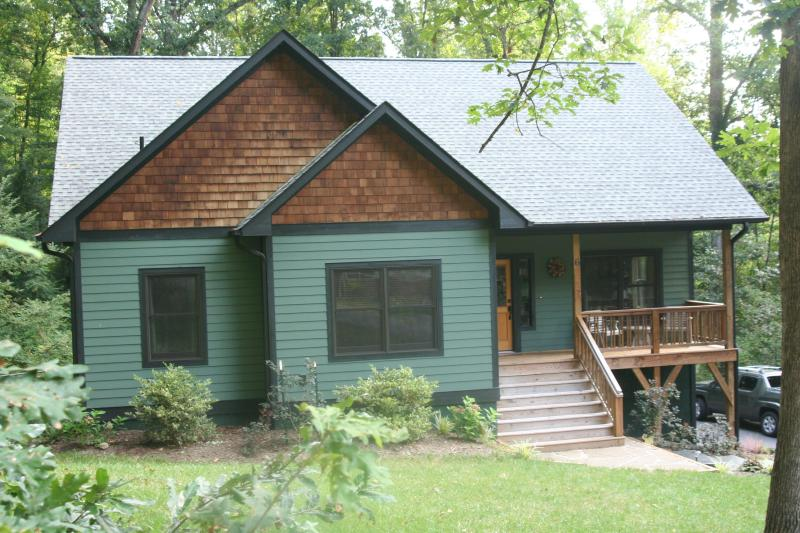 Green Built Home - New Green Built Retreat in Eclectic West Asheville - Asheville - rentals