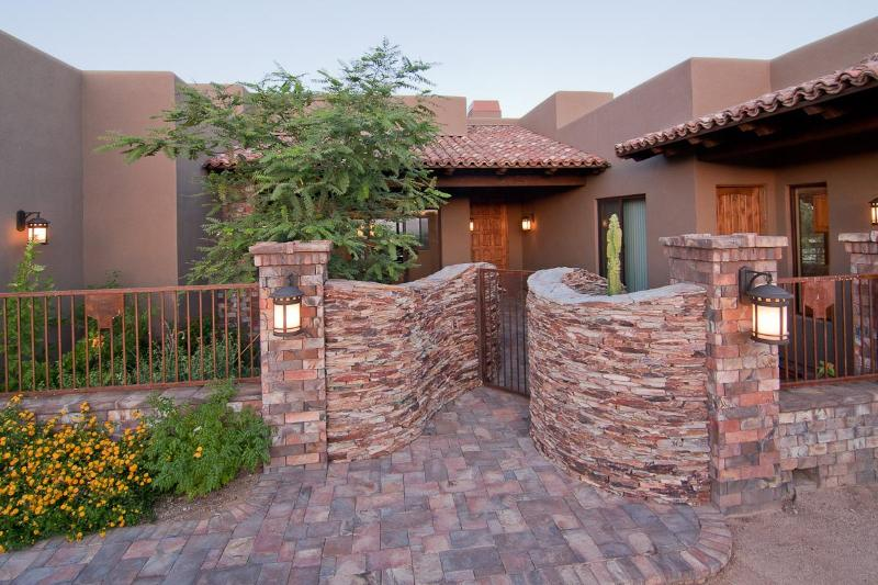 Front Entrance - AMAZING luxury home with lots of special touches - Scottsdale - rentals