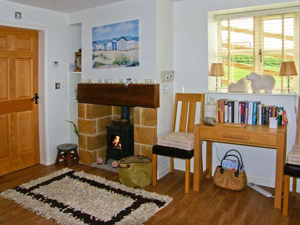 EWELANDS RETREAT, romantic, luxury holiday cottage, with open fire in Sleights, Ref 7317 - Image 1 - Sleights - rentals