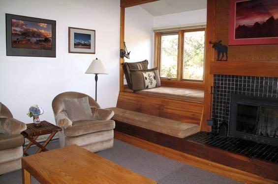 1 bed+loft /1 ba- COTTONWOOD 522 - Image 1 - Wilson - rentals