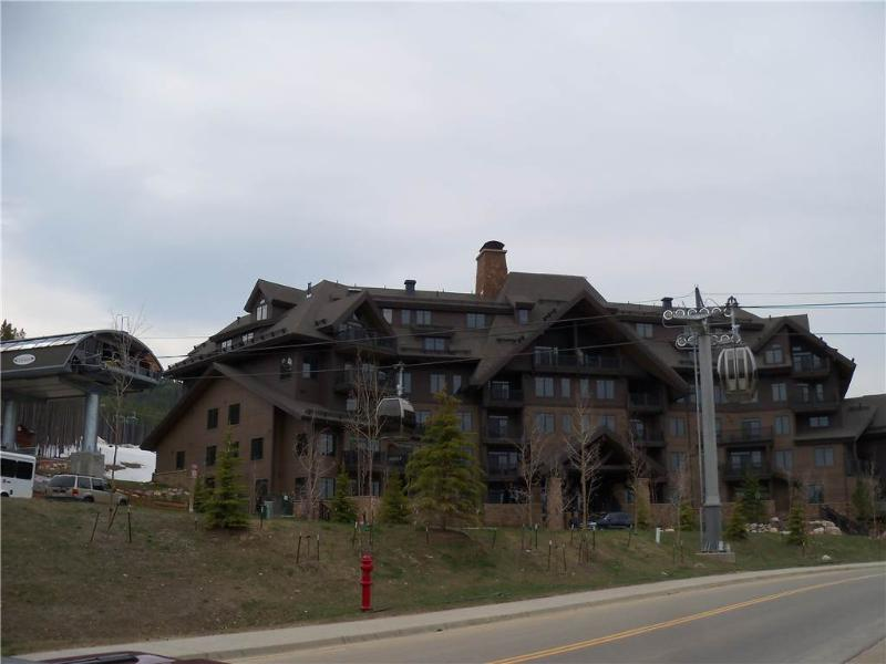 Crystal Peak Lodge 7501 - Image 1 - Breckenridge - rentals