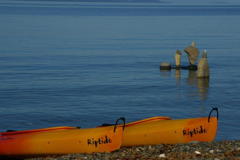 Kayak the tranquil shoreline - 2 bdrm beachfront 3rd nite FREE clam/oyster kayaks - Qualicum Beach - rentals