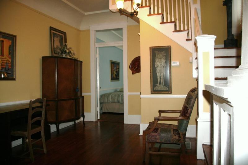 Central Stairway Off Large Living Area - BEST CENTRAL LOCATION_Large3BRCondo_GardenDistrict - New Orleans - rentals