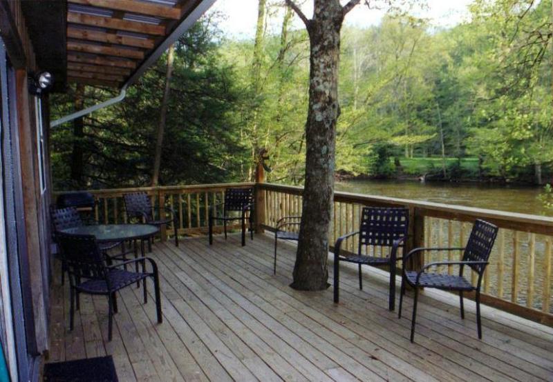 Riverside Retreat Deck View - The Riverside Retreat - Elkins - rentals