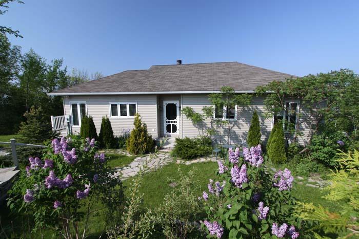 Sumac Studio cottage (#678) - Image 1 - Wiarton - rentals