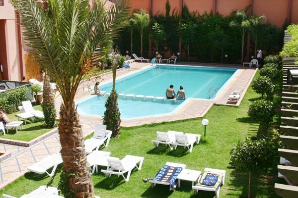 Safe and hygienic pool just 50 m from the property (daily access offered during the opening season) - Colorful City Center Apartment w/ Pool Access... - Marrakech - rentals