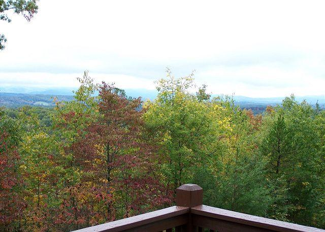 Rolling Mountains and Rich colors at Sunset Ledge - Sunset Ledge-Incredible Sunsets/HT and Fence-in for your pets! - Morganton - rentals