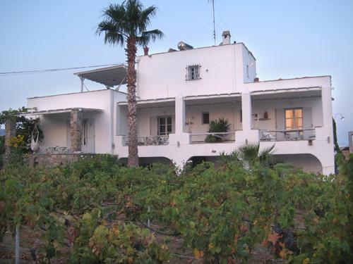 KIRIAZANOS PAROS APARTMENTS - Image 1 - Paros - rentals