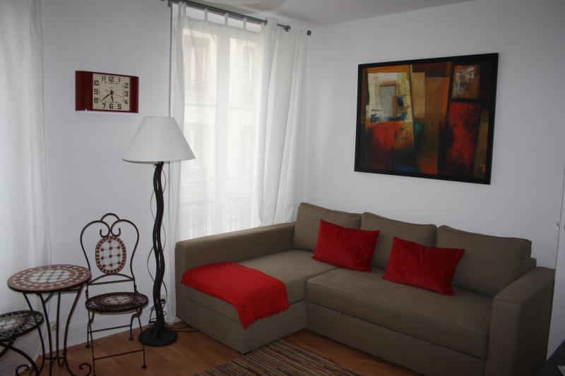 Bastille Vacation Studio in Paris - Image 1 - Paris - rentals